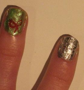 close up Christmas 2012 nail design