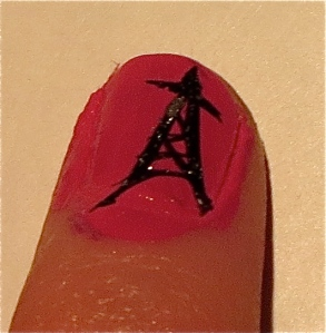 eiffel tower on nail for Quatorze Juillet 2013 nail design