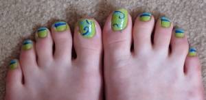 blue and turquoise swirl lime green toenails