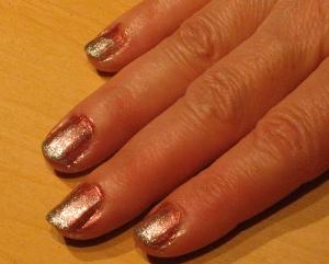 sparkle fade nails