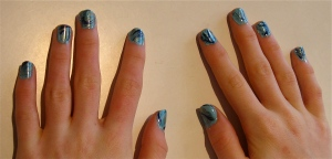 blue green elegant marble nail design