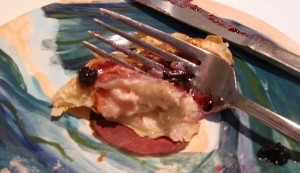 IMG_4strawberry cream cheese filled pancake with fork566