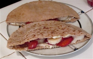 fruit and cheese pita pockets