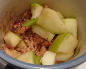 seven selfish days - day three: mug coffee cake with apple, raisins, and pecans
