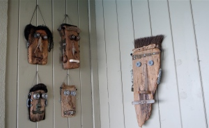 driftwood faces in ports o' call after seeing the battleship iowa