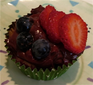 berry cupcake with lemon with chocolate yogurt frosting
