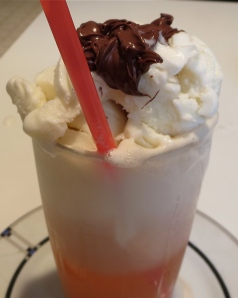 grapefruit Izze frozen yogurt float with Nutella