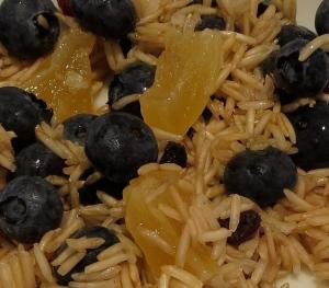 sweet brown rice with bluberries, pineapple, raisins, coconut