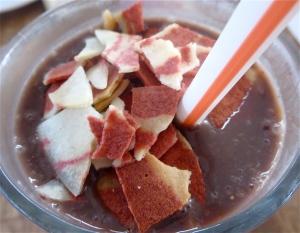 veggie bacon chocolate pear raisin bran crunch smoothie