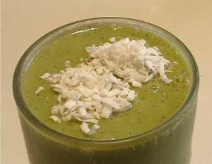 green smoothie with coconut spinach