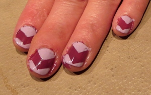 purple chevron nail design