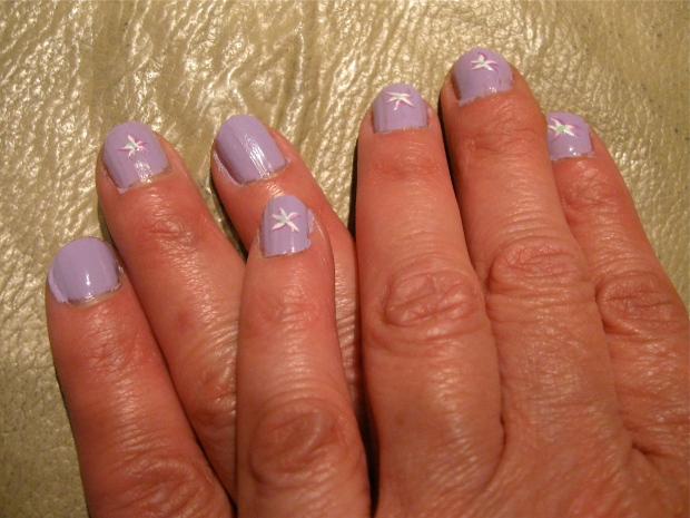 purple nails flowers design
