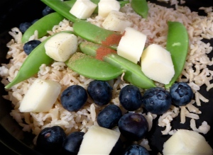 rice salad with blueberries