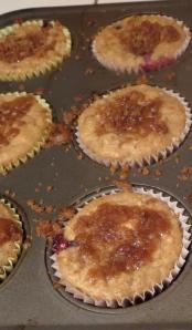 banana blueberry crumb muffin steel cut oats