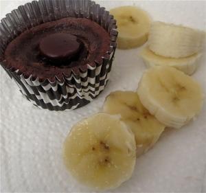 Passover flourless chocolate mini soufflé cupcake