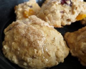 vegan friendly cranberry apricot maple pistachio oatmeal whole grain scone