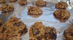 banana walnut oatmeal cookies currant chocolate maple